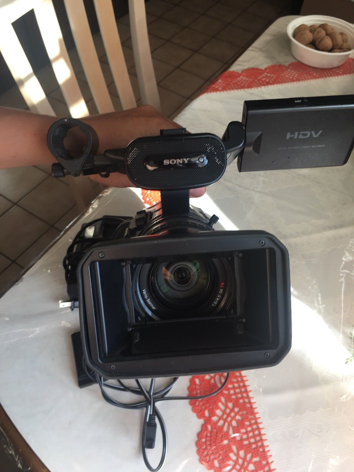 Sony HVR-Z1U Digital HD Video Camera Recorder Camcorder